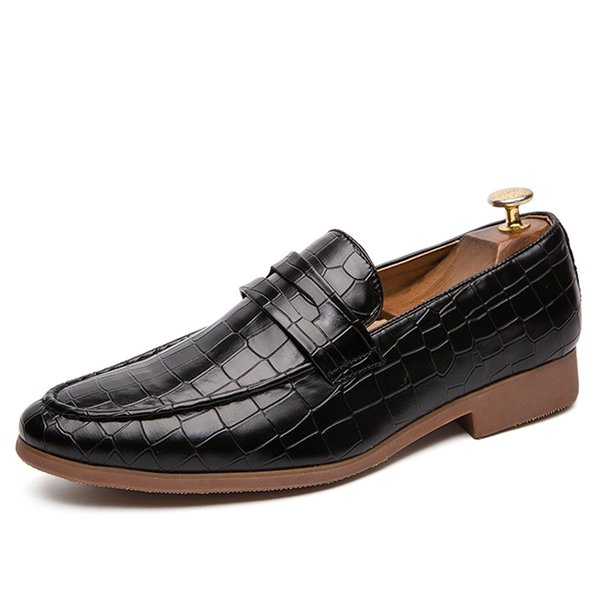 New Men Leather Shoes Man Flat Classic Men Dress Shoes Leather Italian Formal Oxford Plus Size 38-47
