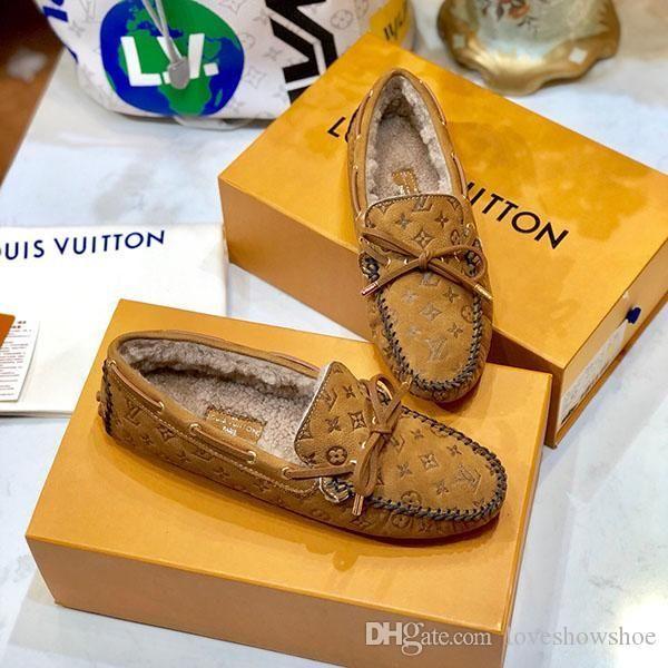 Fashion luxury High quality women shoes classic brand loafers flats fashion shoes Winter warm Peas shoes Womens fur one body beanie shoe
