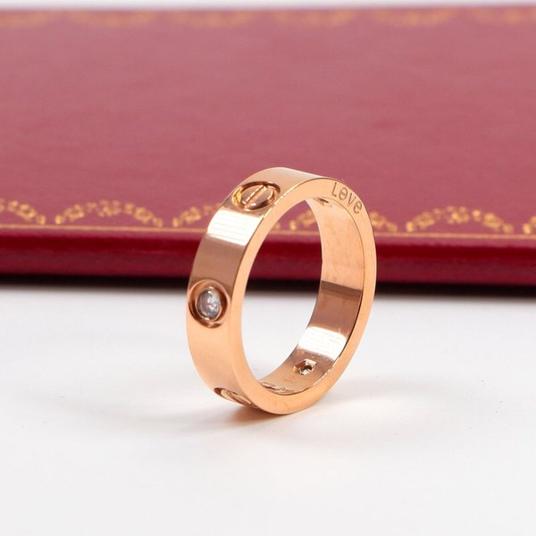 5 mm in oro rosa con pietra