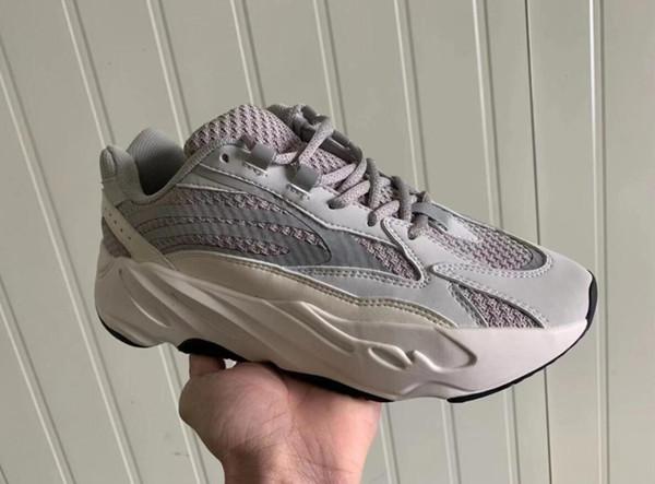 Hombres de las mujeres Kanye West Boost 700 V2 Vanta FU6684 zapatos de diseñador de moda de lujo de estilo Venta caliente estrella del aire barato de calidad superior para mujer zapatillas de deporte