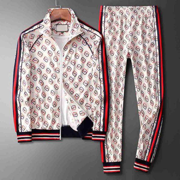 2019_2020 Mode Top Vêtements de sport Vêtements de sport d'hiver à capuchon Automne Set Hoodie qualité Vêtements de sport pour hommes et femmes