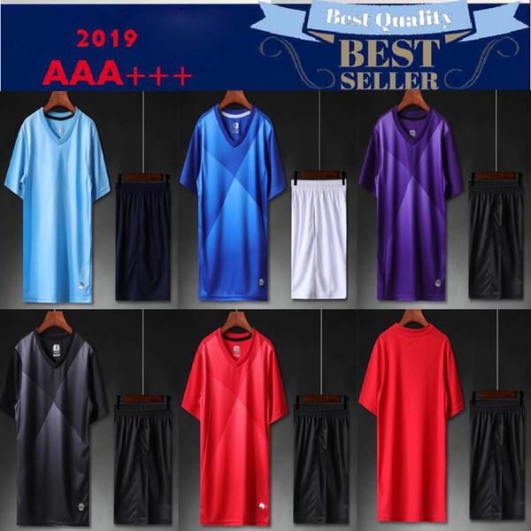 Kit pour adultes 2019 Personnalisé votre équipe Logo Ensemble de maillots de football vierges Uniformes Camisetas de Futbol avec des maillots de foot Maillots navire gratuit