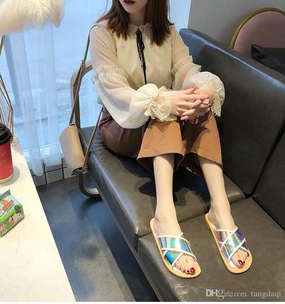 Pantoufles de style Xiaoxiang en dehors des femmes portant la mode partout 2019 printemps été nouvelles chaussures de plage en ligne rouges étudiants coréens