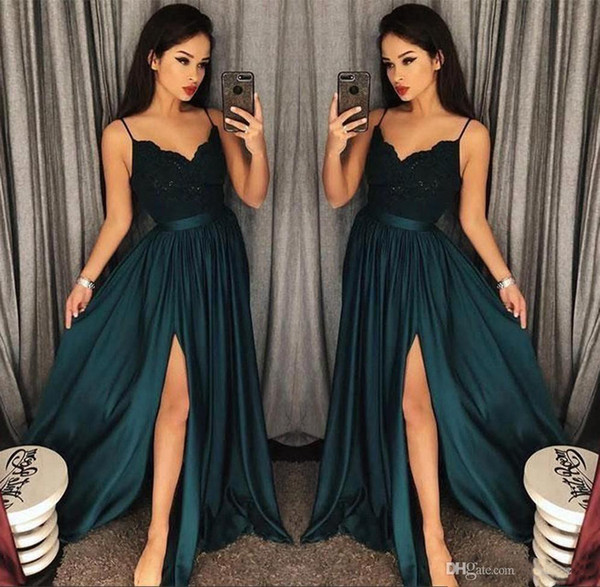 2019 Elegant Evening Gowns A-Line Green High Split Cutout Side Slit Lace Sexy Arabic Gowns Sweep Train Formal Party Prom Dresses Custom Made