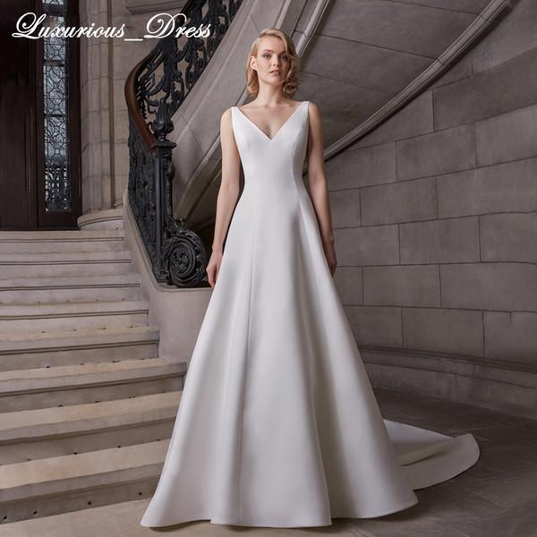 Sexy V-neckline Simple Satin Wedding Dress 2019 Sleeveless Court Train A-Line Elegant French Princess Wedding Gowns Vestidos De Novia