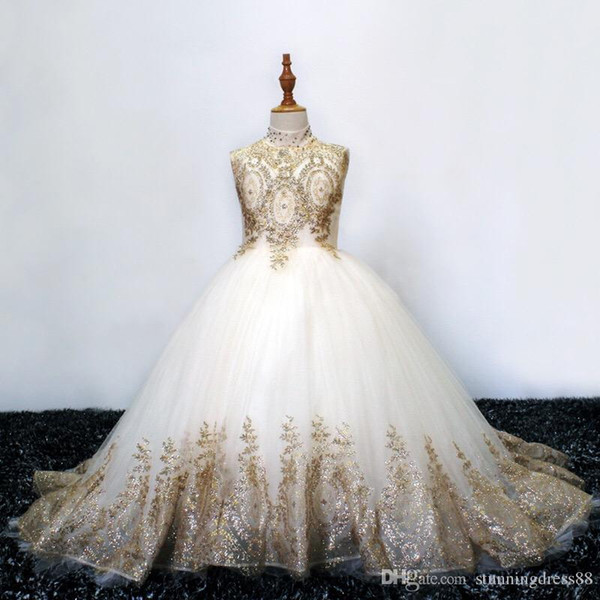 Sparkly Gold Lace 2019 Flower Girls Dresses For Wedding Vintage High Neck Hollow Back Sequins Beaded Rhinestones First Communion Dress54645