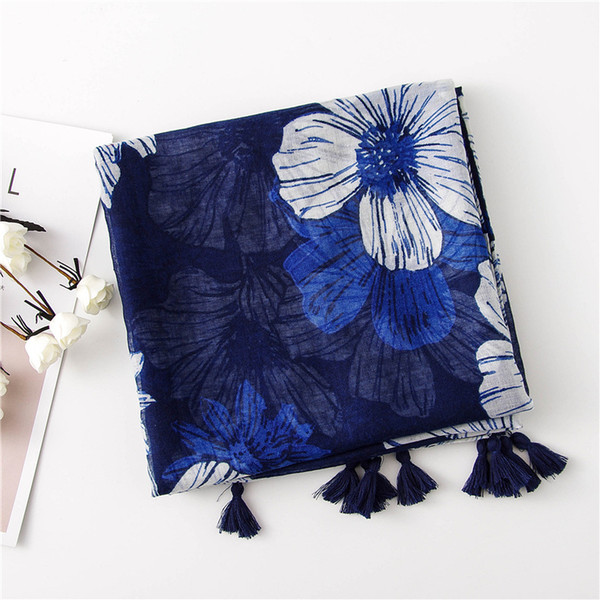 Ladies Fashion Scarf Large Flowers Print Scarf Pastoral Style Vintage National Style Warm Sunscreen Scarf Shawl