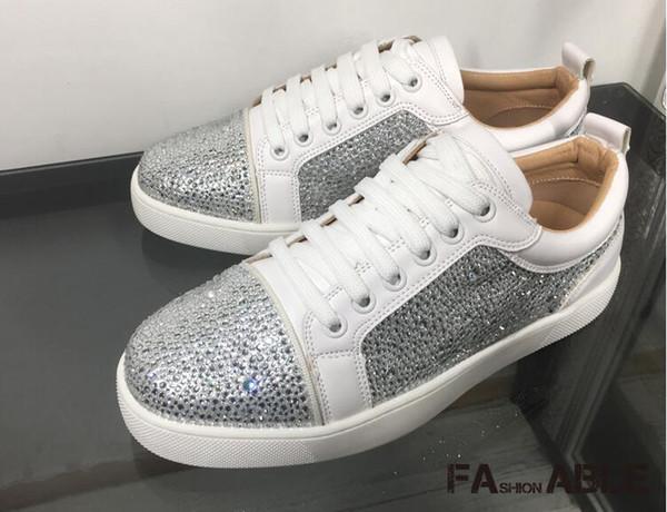 2019 nueva correa de patrón de serpiente zapatos de diamantes de imitación de corte bajo pareja femenina con el mismo párrafo zapatos de marea plana de moda zapatos casuales