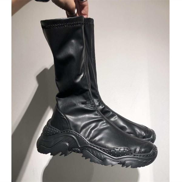 Suela gruesa Zapatos viejos Botas de mujer 2019 Otoño Invierno Mujer Calcetines Botas elásticas Mujeres Salvaje Ocio Deportes Zapatos de famosos