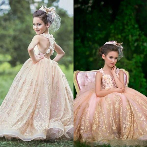 Annata 2019 Paillettes oro Fiore ragazza abiti gioiello collo 3D Appliques floreali Puffy Tulle Ball Gown Girls Pageant Abiti prima comunione