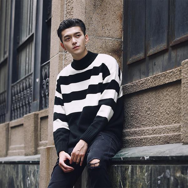 Estilo de la moda para hombre de los suéteres de cuello alto contraste pull raya suéter hombres Homme Hiver Negro Blanco Verde Gris Navidad hombres suéter tamaño asiático