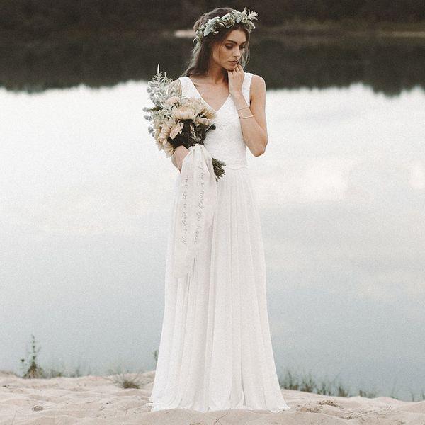 Cheap Beach Wedding Dresses V Neck Sleeveless A-Line Chiffon Skirt Venice Lace Top Open Back Boho Bride Dresses Simple Wedding Gowns