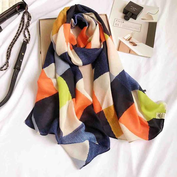 2018 femmes Geometry motif foulard femmes coton Châles Wraps hijabs 10pcs / lot