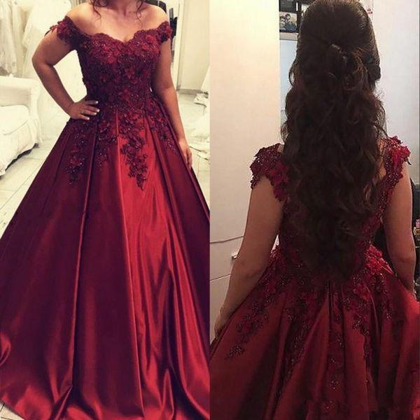 Elegante Quinceanera Kleider Burgunder Sweet 16 Prom Kleider Eine Linie von den Schultern mit Applikationen Perlen Lange Party Abendkleider