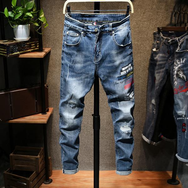 2020 Nouveau Designer Hommes Jeans Skinny avec Slim élastique Denim Bike Fashion Jeans luxe Hommes Pantalons Ripped Trou Jean pour les hommes Taille Plus 28-36