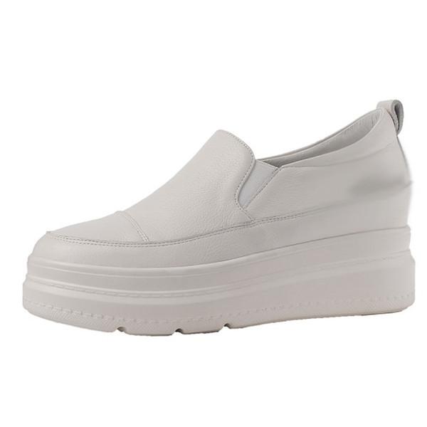 Schuhe der Frühlingsfrauen der Mode 2019 runde Zeheplattformkeil-Müßiggänger weiße beiläufige Freizeitschuhe des echten Leders