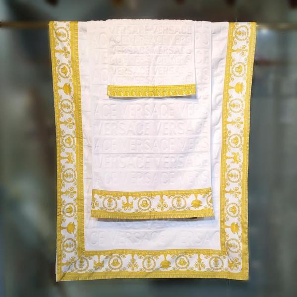 Großhandel Badetuch 3-teiliges Set Handtuch Baumwolle hohe weiche Qualität Badetuch bestickt Platz bequem Waschlappen bequem soft1914
