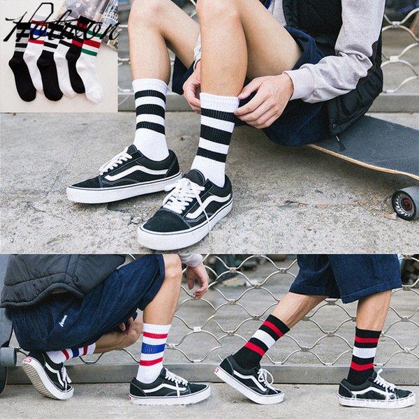 Casual Mens Cotton Socks Man Retro National Wind Men's Socks Fashion Designer Style Male Cotton Strip Socks women