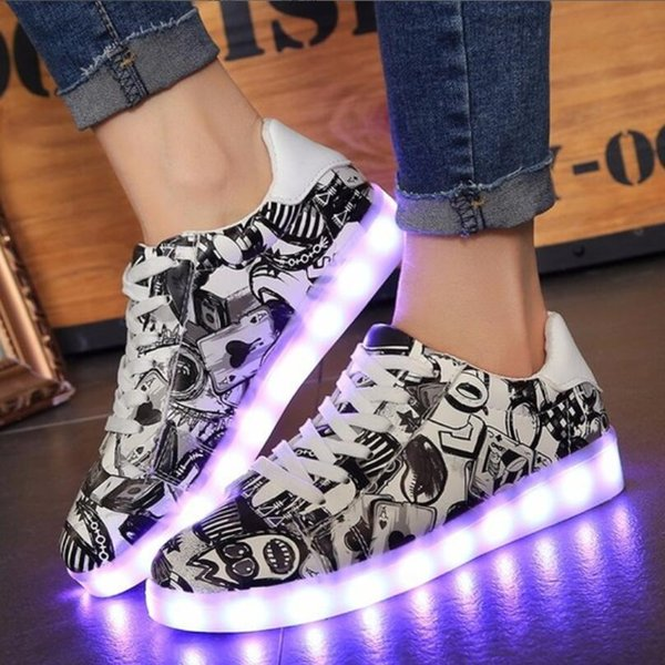Men's Casual Shoes USB chargeable glowing Sneakers Fiber Optic White Led shoes for girls boys men women party wedding