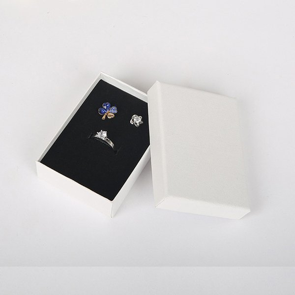 6.3x8.5x2.5cm Beauty White Jewellery Gift Box Pendant Case Display for Ring Earring Necklace Watch Packaging 32pcs