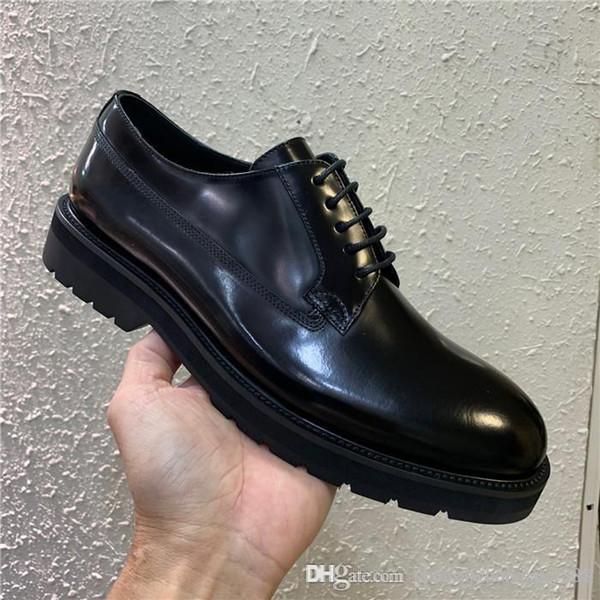 High-end yüksek kaliteli erkek ayakkabı Parlak Siyah deri rahat ayakkabılar erkek Moda Eğlence ve İş için Düşük topuklu ayakkabılar