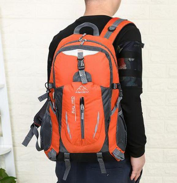 Nuova borsa da alpinismo outdoor per uomo, borsa a tracolla per uomo e donna, borsa sportiva coreana, zaino da viaggio per il tempo libero e stile turistico