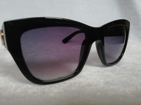 Cheap wholesale High quality Polarized lens pilot Fashion Sunglasses For Men and Women Brand designer UV400 lens Unisex Sun glasses G0034