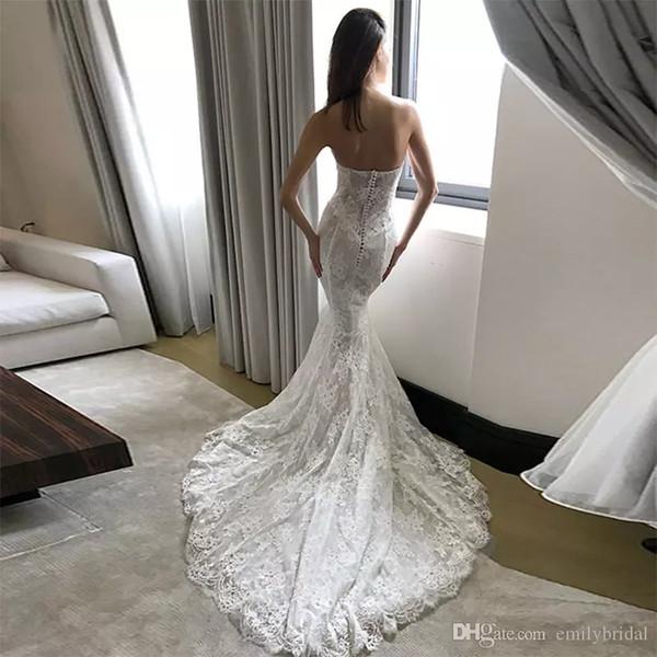 Pallas Couture Robes De Mariée En Dentelle De Taille Plus Robe De Mariée Sans Dossier De Train De Balayage Robe De Mariage