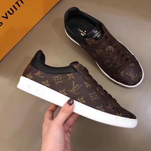 2019 nuevos hombres de la marca de ocio de los deportes de ocio de los hombres Negro y marrón zapatos deportivos de ocio tamaño 38-45 entrega gratuita caja de zapatos original