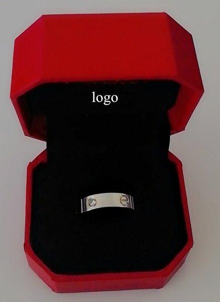 plata diamante con la caja