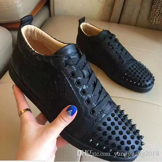 2018 New Arrival famous design Mens Women black snake & spikes Low Top Red Bottom Sneakers,Brand Casual Shoes 36-47 Drop Shipping