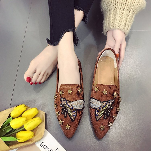 2019 new style fashion women flat Shoes Casual Loafers Pointed toe student Rivet Original Embroidery single shoes