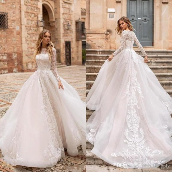 2019 Elegant Castle Long Sleeves Lace A Line Wedding Dresses Tulle Lace Applique Sweep Train Formal Bridal Gowns robe de mariée plus size