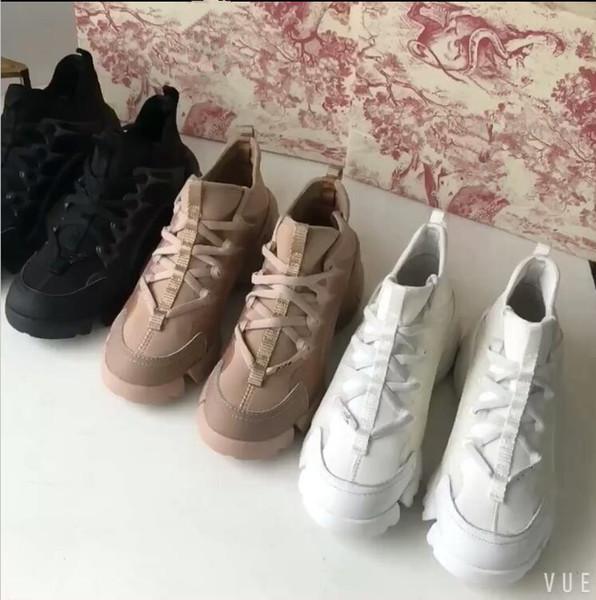 Lüks Tasarımcı Rahat Ayakkabılar Kadın Yumuşak Deri Sneakers Moda Düşük Üst Bağcık-Up Düz Ayakkabı cx19032904