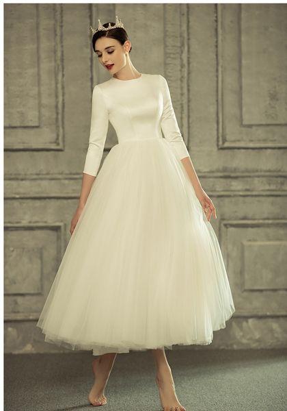 New Vintage Tea Length Short Modest Wedding Dress With 3/4 Sleeves Buttons Back Jewel Neck Informal Modest Reception Gown