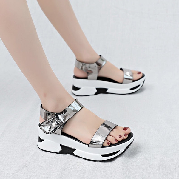 korean version of women's cake thick bottom student sandals female 2019 fashion new non-slip magic paste casual beach shoes female