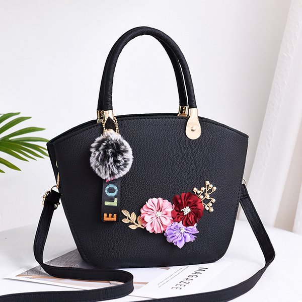 2019 Artwork Design Flower Pattern Totes Handbags Womens Fashion Shoulder Bag Lady Black Handbag Bags Match Sequined Hairball Tassel
