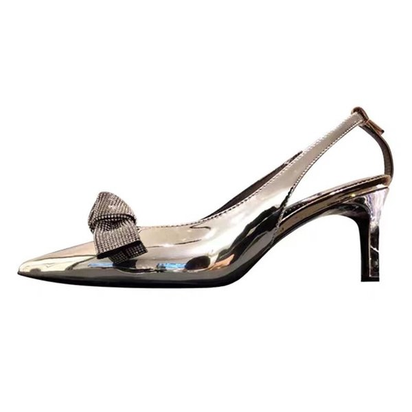 Designer Shoes prédécoupées Top qualité Sandales Sliver Couleur Femme Chaussures Femme Chaussures Jolie Weding Party Sandales Mode