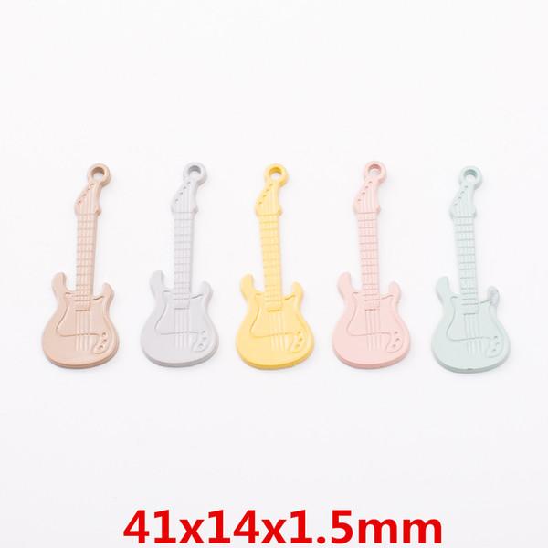 Satın Al 100 Adet Diy Alaşım Metal Gitar Müzikal Takılar Boyama Boya Renk Kolye Takı Parçaları Renkli Moda El Yapımı Aksesuarlar Malzeme 1663