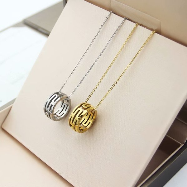 Women Irregular circle Pendant Necklace 18K Yellow Gold Filled Fashion Jewelry