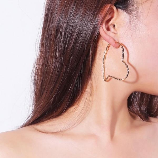 Avrupa kadın takı soyut sanat fan kişilik moda Han Fan vahşi geometrik mizaç bayanlar küpe