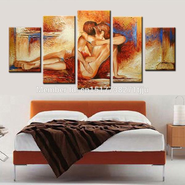 Картины в спальню секс