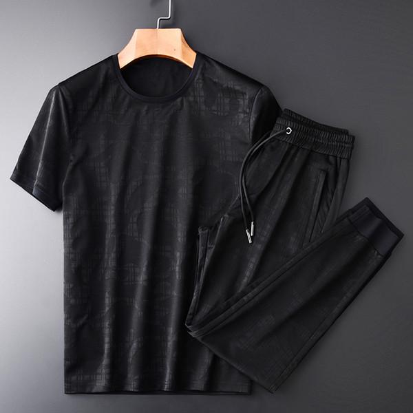 Nouveaux ensembles d'été pour hommes minces (t-shirt + pantalon) Tissus à grains foncés Casual Sport Men Set Plus Size 3XL 4XL Slim Manches courtes Homme Ensembles
