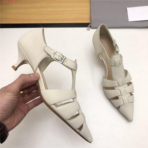 The latest Womens stylish flat sandals with pointed toes and low-heeled leather shoes black and white spring and summer shoes With box