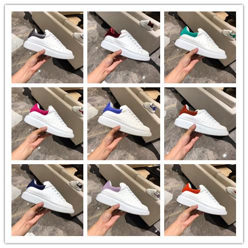 [With box] 2019 New TOP Mans Designer Shoe Black White Primeknit Macqueen Trainer Sneaker Heightening Shoes Italian Luxury Shoe Woman