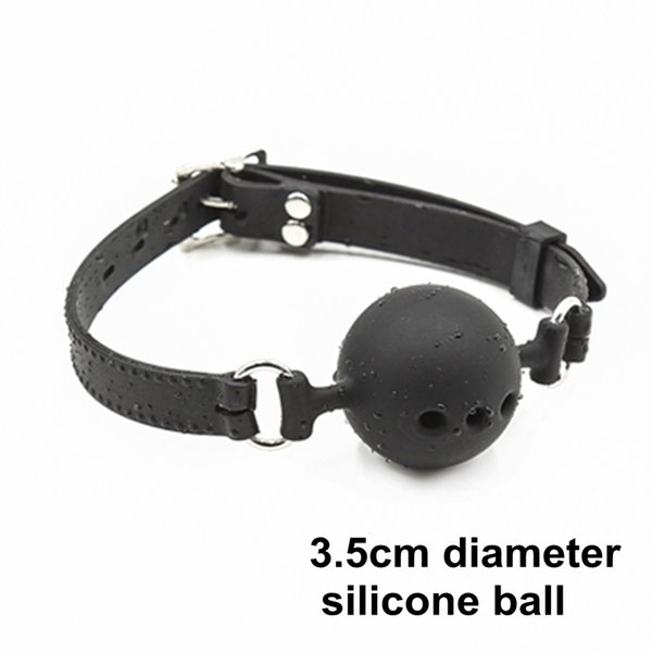 3.5cm diameter ball (black)