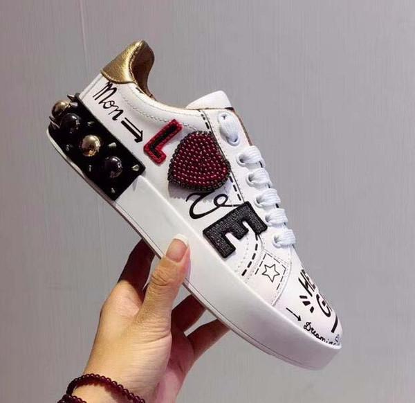 Новые кожаные балетки дизайнер кроссовки женщин классический повседневный роскошный французский бренд туфли D-G весьма ходьбой бег прочный классический удобную ii02