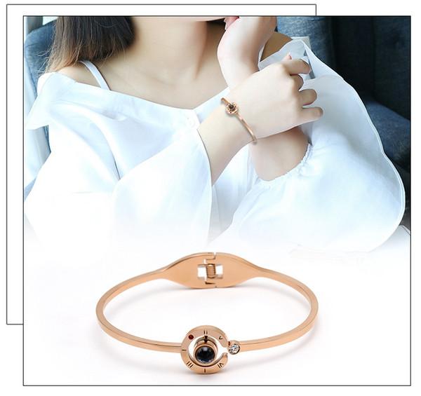 Vente chaude 100 langues Je t'aime projection de la mémoire Bracelet en argent avec bracelet en acier titane féminin ne se fane pas