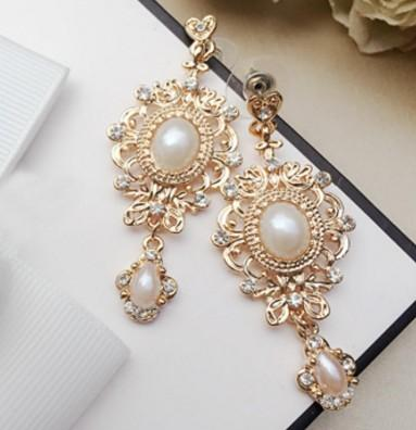 wonderful fashion low price high quality diamond crystal beads lion head lady's earings 16.32