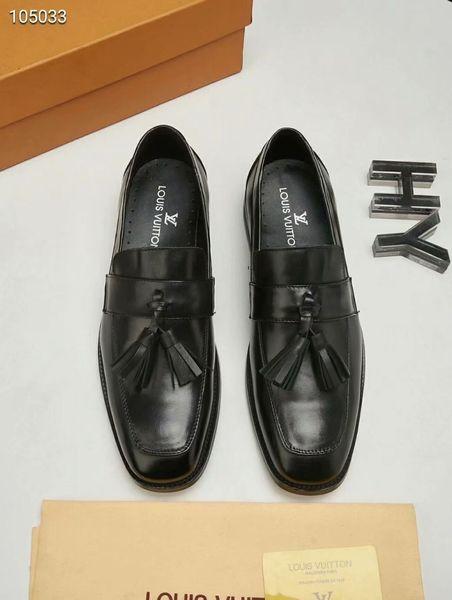 Lüks Markalar Rahat Ayakkabılar Hakiki Deri Inek Süet Püskül Erkekler Loafer'lar Lüks Markalar Adam Kırmızı Sole Elbise Ayakkabı Oxfords Ayakkabı Üzerinde Kayma